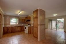 3 Bedroom House for sale in Garsfontein 1076099 : photo#7