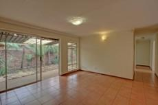3 Bedroom House for sale in Garsfontein 1076099 : photo#2