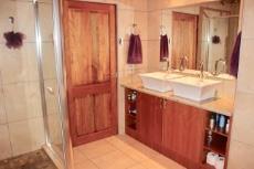 Main bathroom with double vanity