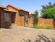 3 Bedroom House for sale in Thatchfield Estate 1078015 : photo#24