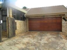 3 Bedroom House for sale in Thatchfield Estate 1078028 : photo#4