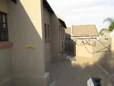 3 Bedroom House for sale in Thatchfield Estate 1078559 : photo#23