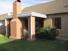 3 Bedroom House for sale in Thatchfield Estate 1078559 : photo#0