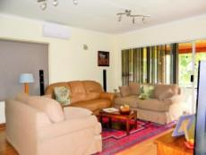 4 Bedroom House for sale in Die Wilgers 1078624 : photo#2