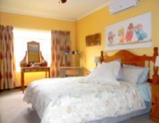 4 Bedroom House for sale in Die Wilgers 1078624 : photo#6