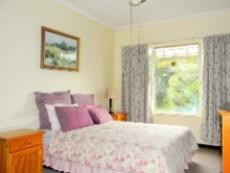 4 Bedroom House for sale in Die Wilgers 1078624 : photo#9