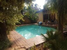 4 Bedroom House for sale in Garsfontein 1080029 : photo#15