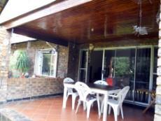4 Bedroom House for sale in Die Wilgers 1080509 : photo#1