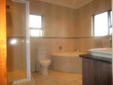 3 Bedroom House for sale in Thatchfield Estate 1080712 : photo#5