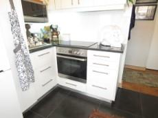2 Bedroom Flat for sale in Vredehoek 1081274 : photo#5