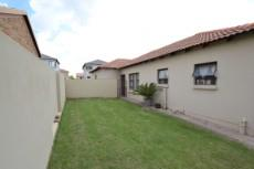 3 Bedroom House for sale in Thatchfield Estate 1083708 : photo#26