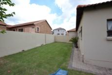 3 Bedroom House for sale in Thatchfield Estate 1083708 : photo#25
