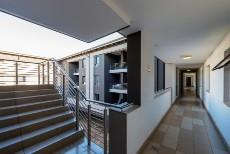 2 Bedroom Apartment for sale in Bryanston 1089273 : photo#1
