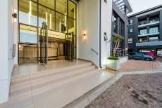 2 Bedroom Apartment for sale in Bryanston 1089273 : photo#8