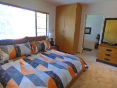 Main bedroom onto en-suite bathroom