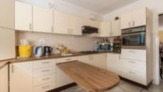 4 Bedroom House for sale in Plumstead 1093348 : photo#14