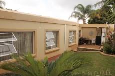 3 Bedroom Townhouse for sale in Faerie Glen 1093635 : photo#0