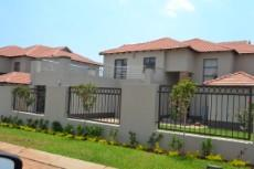 3 Bedroom House for sale in Ruimsig 1093792 : photo#2