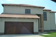 3 Bedroom House for sale in Ruimsig 1093792 : photo#3