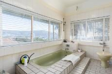 5 Bedroom House for sale in Vredehoek 1099748 : photo#15