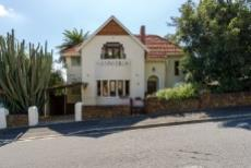 5 Bedroom House for sale in Vredehoek 1099748 : photo#4