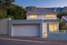 4 Bedroom House for sale in Vredehoek 1104431 : photo#22