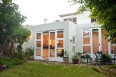 4 Bedroom House for sale in Vredehoek 1104431 : photo#3