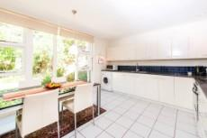 4 Bedroom House for sale in Vredehoek 1104431 : photo#7
