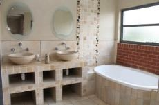 5 Bedroom House for sale in Silver Lakes Golf Estate 1104921 : photo#5