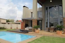 5 Bedroom House for sale in Silver Lakes Golf Estate 1104921 : photo#15