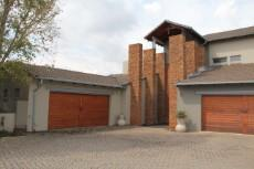 5 Bedroom House for sale in Silver Lakes Golf Estate 1104921 : photo#1