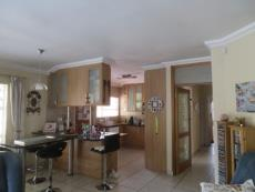 3 Bedroom Townhouse for sale in Farrarmere 1125679 : photo#9