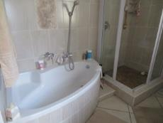 3 Bedroom Townhouse for sale in Farrarmere 1125679 : photo#14