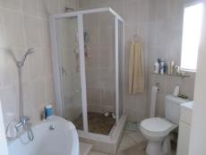 3 Bedroom Townhouse for sale in Farrarmere 1125679 : photo#12