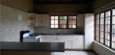 Cottage - Open plan kitchen