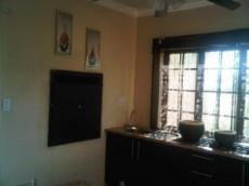 Unit 4 - Built-in braai in kitchen