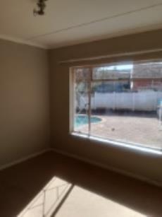 4 Bedroom House for sale in Fichardt Park 1136359 : photo#23