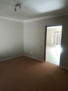 4 Bedroom House for sale in Fichardt Park 1136359 : photo#13