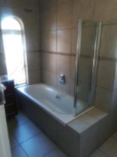 4 Bedroom House for sale in Fichardt Park 1136359 : photo#5