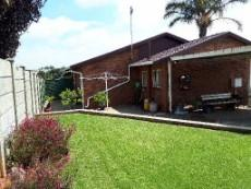 View towards back of unit from garden