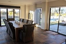 Entertainment area with serving area, braai and pizza oven