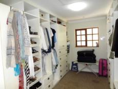 His and hers walk-in closet