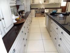 Kitchen with lots of cupboards