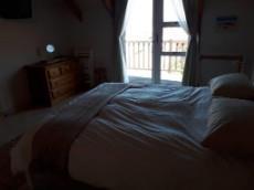 Flat main bedroom