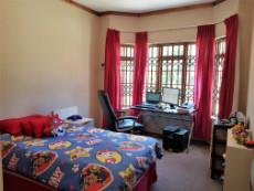 3rd Bedroom with bay windows