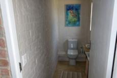 Guest toilet upstairs
