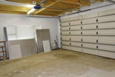 Double garage with extra space for workshop