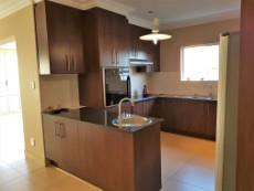 Eye level oven, hob & extractor & scullery