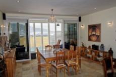 Dining area to sun room & splash pool