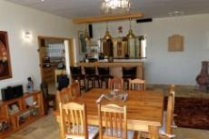 Dining area with built in bar & guest WC
